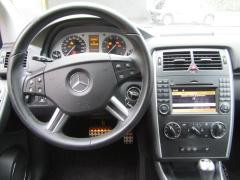Mercedes-Benz-B-Klasse-10