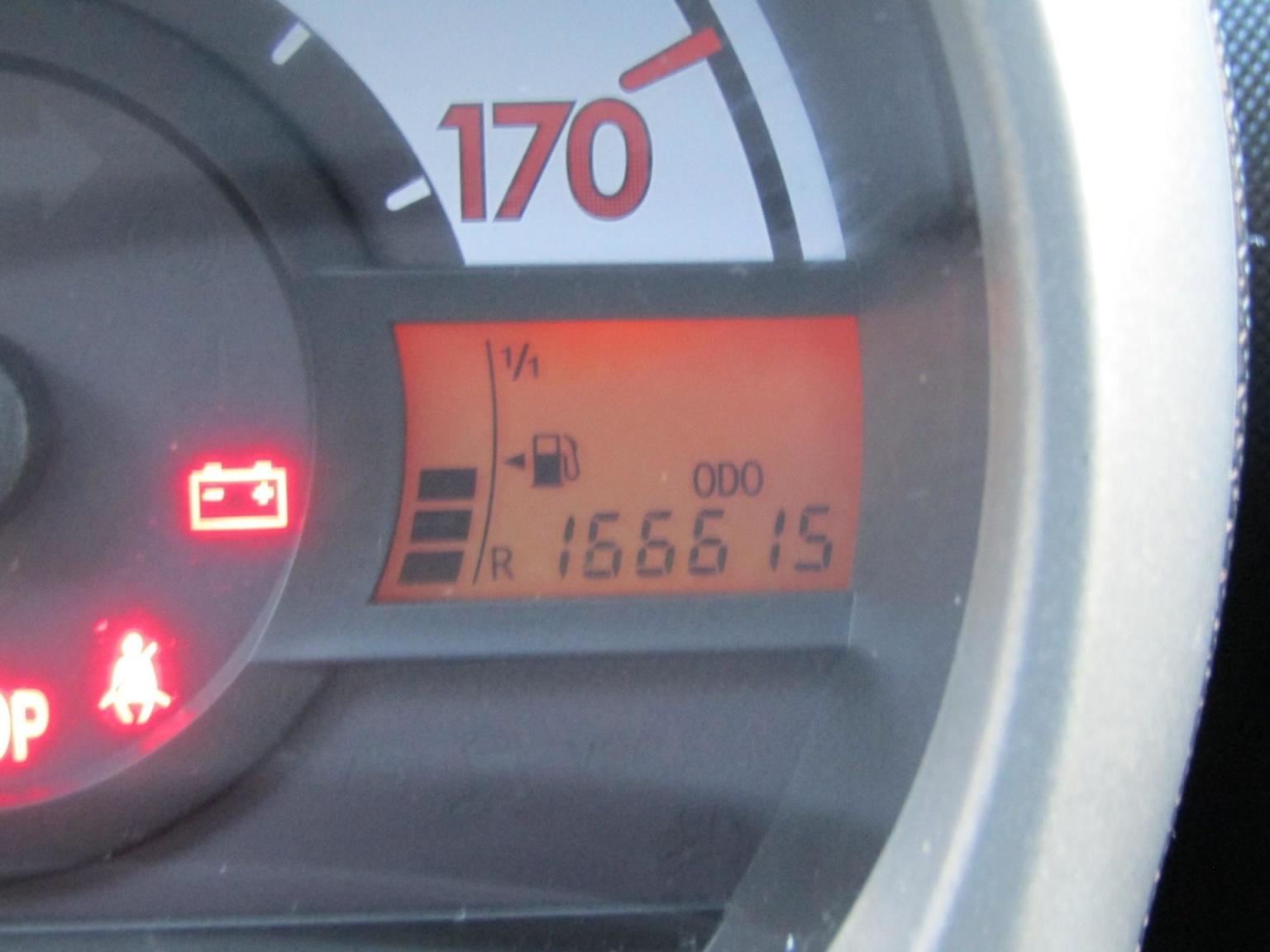 Peugeot-107-5