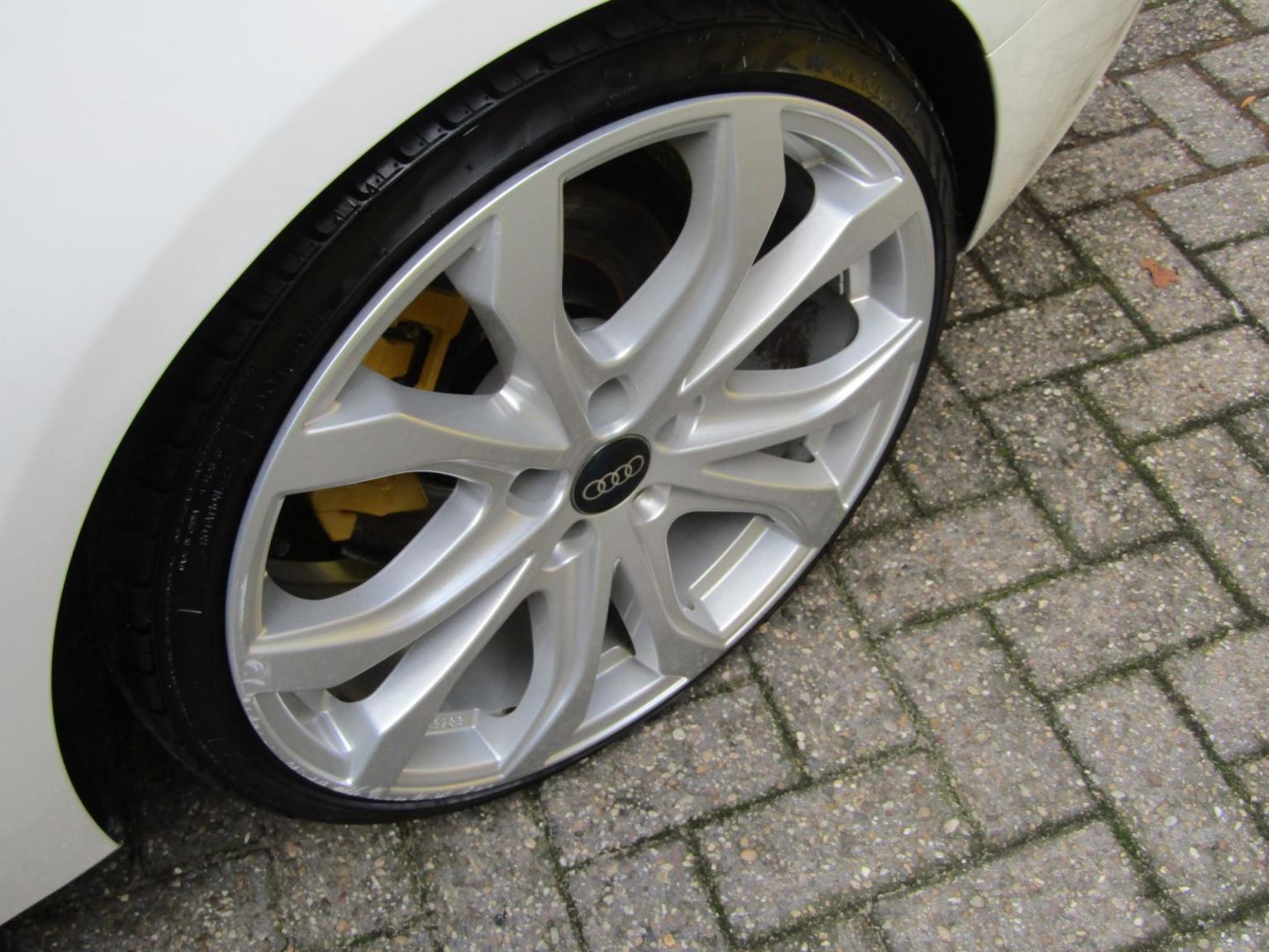 Audi-A5-4