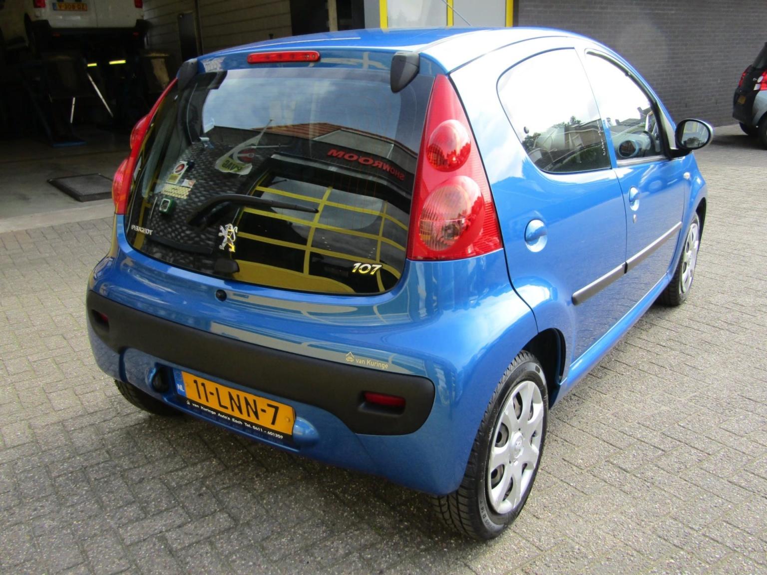 Peugeot-107-2